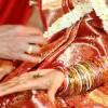 Verrückte Hochzeitsbräuche-indischer Hochzeitsmarathon