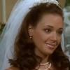 Carrie als wunderschöne Braut in weiß
