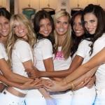 Miranda Kerr mit Heidi Klum und den Victoria's Secret-Girls