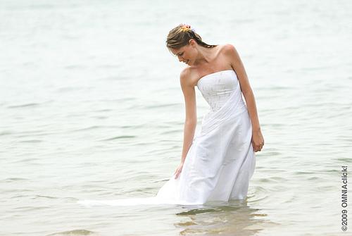 Braut im meer